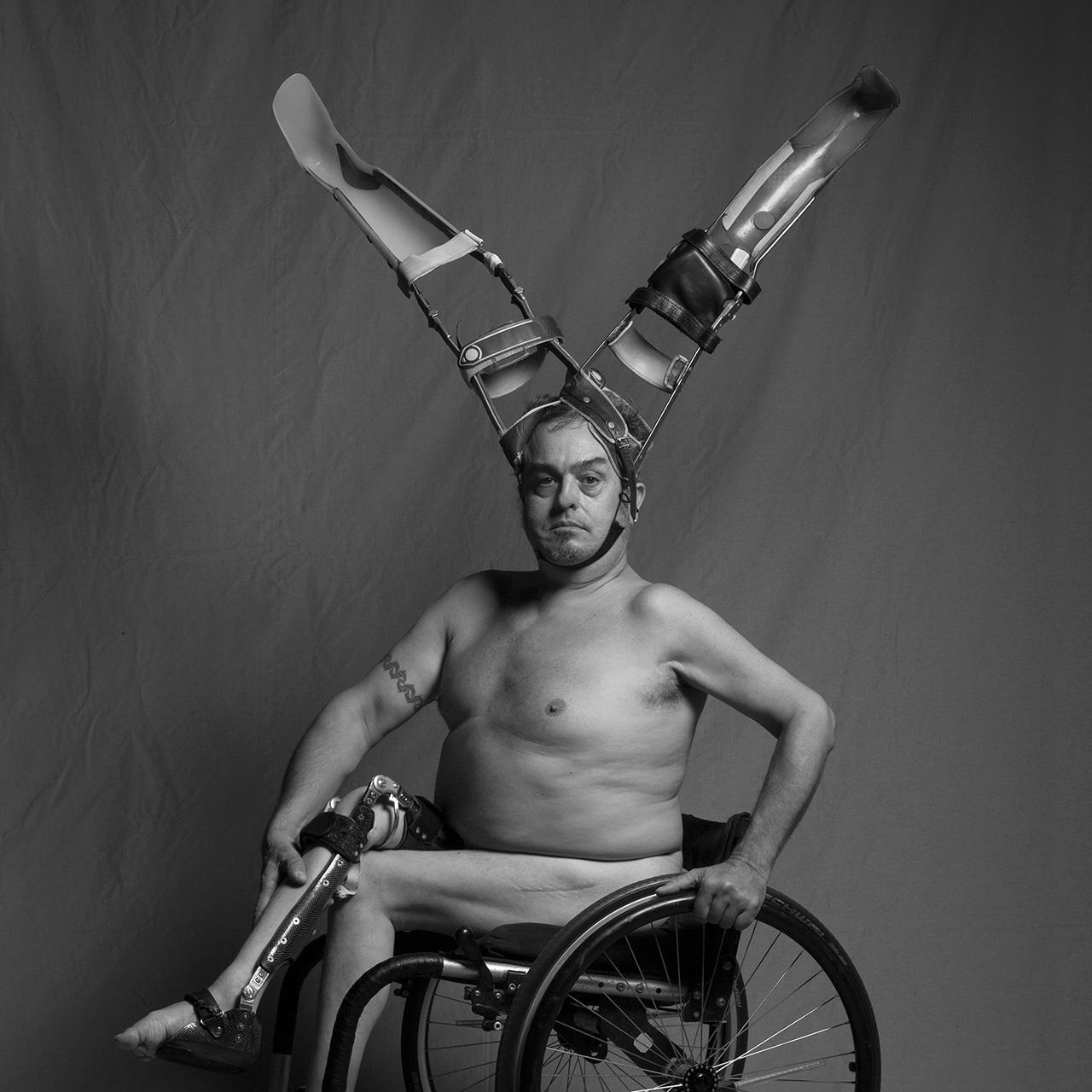 El Cuerpo Es Una Ilusión - Por Carlos Escolástico