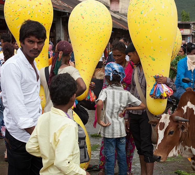 INDIA: TENER O SER